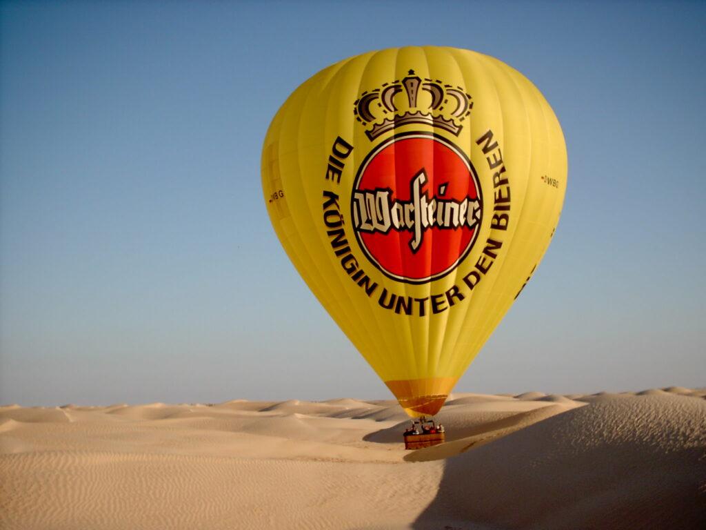 Warsteiner Ballon in der Sahara